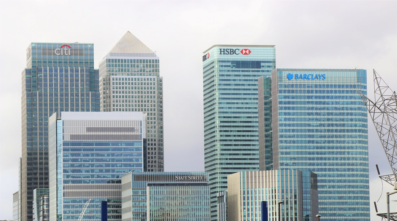 Banks in city of London
